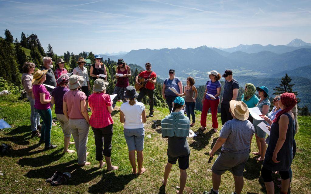 Jodeln am Berg mit Alfons Hasenknopf