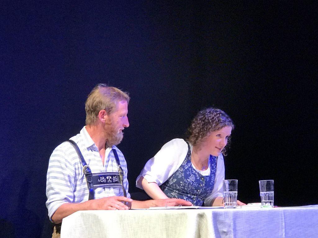 Lebendiges Lesen: Vollblutschauspieler Silvester und Veronika Leo