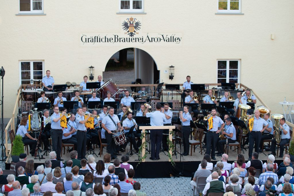 Open Air am Valleyer Schlossplatz