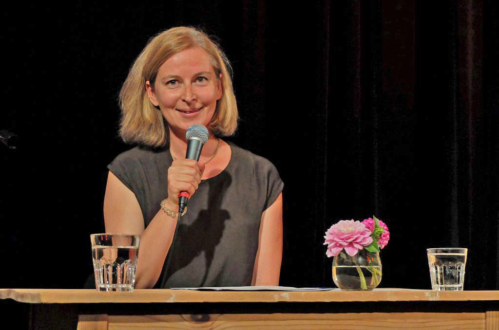 Karin Sommer schreibt Geschichte, die ans Eingemachte gehen
