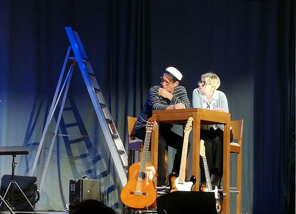die Lacher auf ihrer Seite: Andreas Rebers und Barbara de Roy. Foto: Karin Sommer