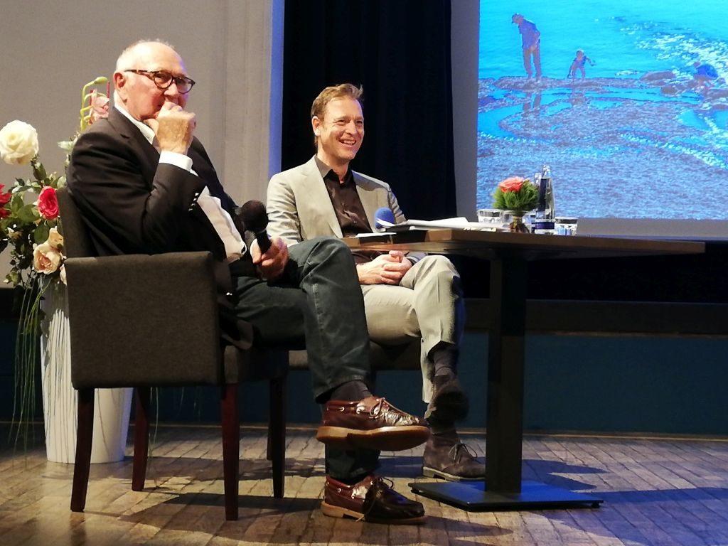 Markus Reicherzer und Hans Günther Kaufmann im Gespräch.