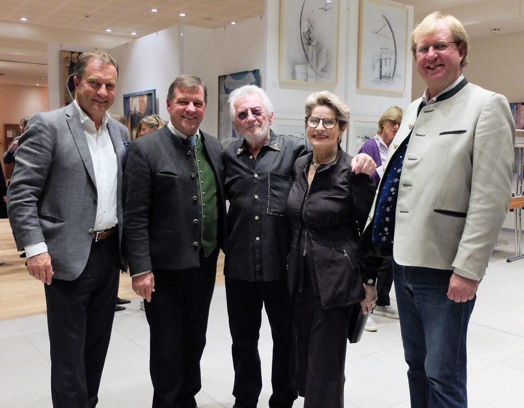 Schlierseer Kulturherbst eröffneten Johannes Wegmann, Franz Schnitzenbaumer, Emil und Gundel Gogor, Wolfgang Rzehak (v.l.)
