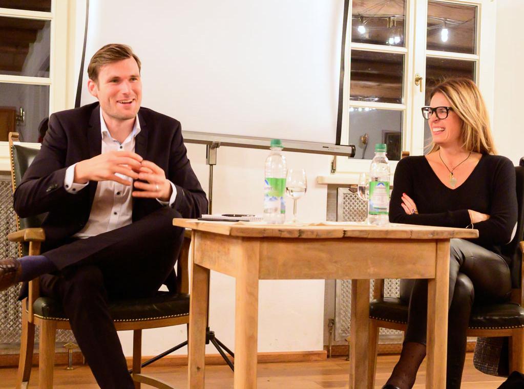 Journalismus und Wahrheit beim 3. Warngauer Dialog Julian von Löwis und Sonja Scheider