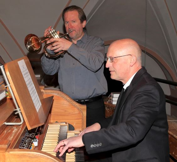 Orgel und Trompete