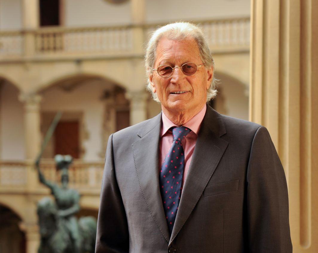 Helmut Nanz