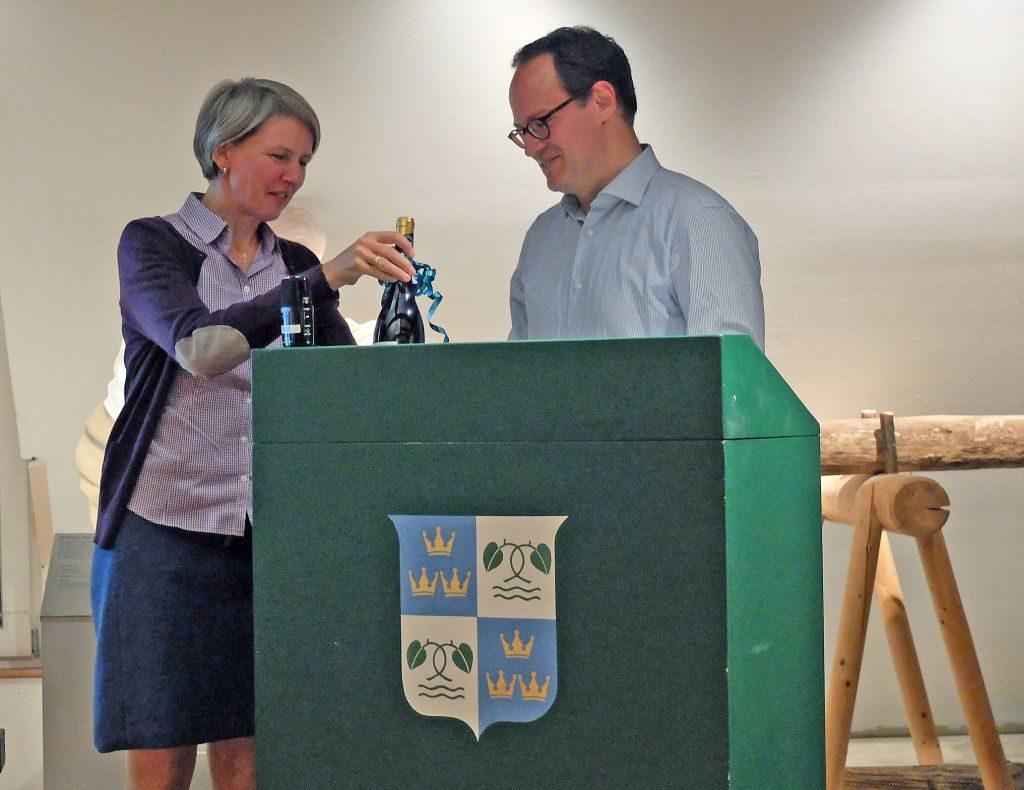 Birgit Halmbacher und Dr. Peter Czoik
