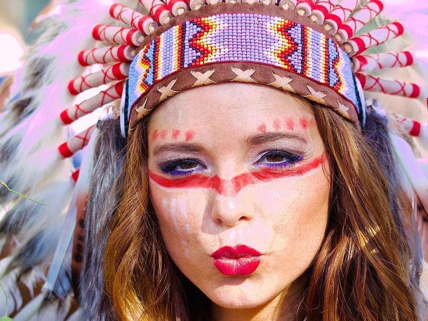 Indianerkostüm als kulturelle Aneignung