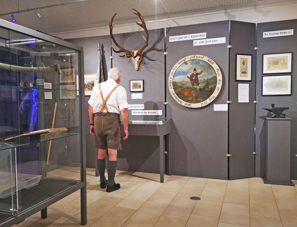 In der Ausstellung G'schicht vom Brandner Kaspar wird die Geschichte des Brandner Kaspar nacherzählt