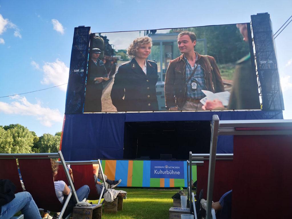 """Dreieinhalb Stunden - Premiere des gleichnamigen Films """"3 1/2 Stunden"""" beim Filmfest München - open air im Olympiapark München"""