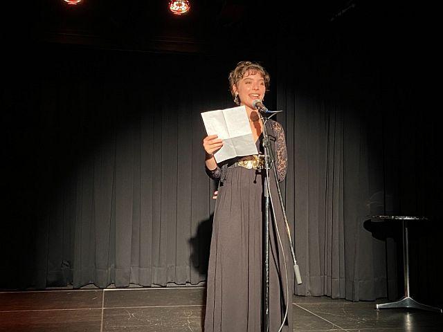 """Elora mit dem Gedicht """"Mein Traum"""""""